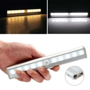 Ceiling Lamp LED Portable Smart Motion Wardrobe Night Sense Light pictures & photos