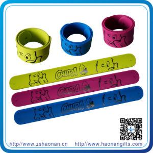 Custom Silicon Slap Bracelet for Event pictures & photos