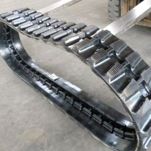 Excavator Rubber Track (W300X109X40/41) for Kobelco Kubota Construction Machinery pictures & photos