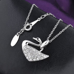 Hot Sale Alloy Crystal Costumejewelry Swan Pendant Necklace pictures & photos