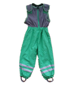 Green Sleeveless Jumpsuit/Pants/Overall/Raincoat with Fleece for Children pictures & photos