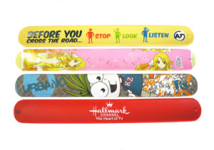 Personalized Cartoon Logo Printed Silicone Slap Bracelets for Children′s Gift pictures & photos