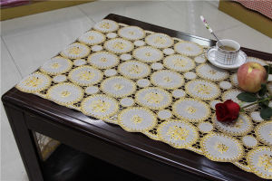 50cm Width PVC Golden Fine Long Lace Table Runner pictures & photos