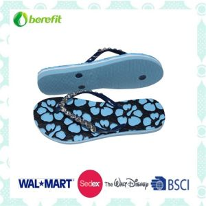 PE Sole and PVC Straps, Delicate Decoration, Slippers pictures & photos