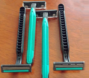 Disposable Razor for Common Hotel pictures & photos