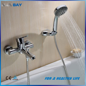 Brass Wall Mounted Bathtub Mixer Taps pictures & photos