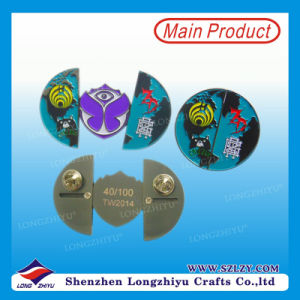 Small Size Enamel Metal Badge with Gold Plating Logo pictures & photos