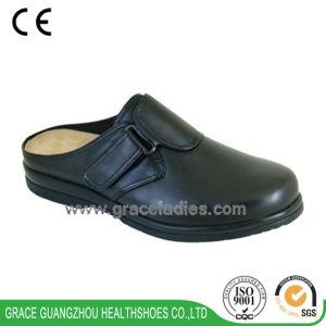Grace Health Shoes Women Fashion Diabetic Leather Sandals pictures & photos