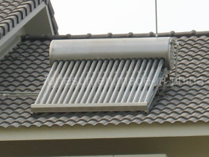 Stainless Steel Domestic Low Pressure Solar Water Heater pictures & photos