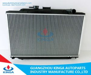 High Performance Aluminum Radiator for Nissan ′urvan′06 Mt pictures & photos