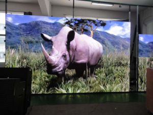 P4 Indoor SMD Full Color LED Display Screen pictures & photos