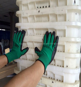 Foam Latex Coated Industrial Labor Safety Protective Work Gloves pictures & photos