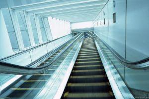 Indoor 30 Degree 600mm Passenger Escalator pictures & photos
