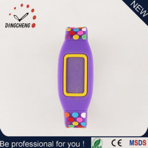Fashion Flat Silicone Electronic Sports Digital Wrist Watch pictures & photos