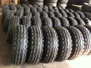 (11.5/80-15.3) Agricultural Tire, Farm Tire, Spreader Tire pictures & photos