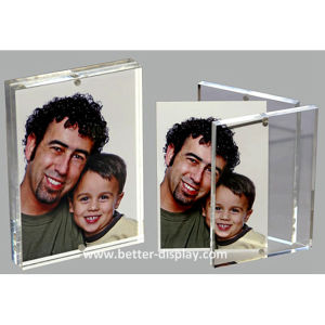 Clear Acrylic Magnetic Photo Frame (Btr-U1028) pictures & photos