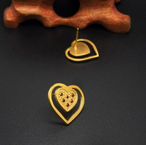 Heart Stud Earrings Women Fashion Accessories 18k Gold pictures & photos