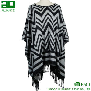 Fashion Women Winter Warm Striped Capes pictures & photos