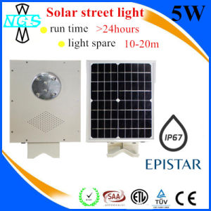Europe Popular All in One Solar Street LED Flood Light pictures & photos
