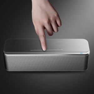2016 Innovative Portable Mini Bluetooth Wireless Speaker pictures & photos