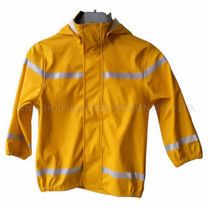 Yellow PU Reflective Raincoat for Children/Baby pictures & photos