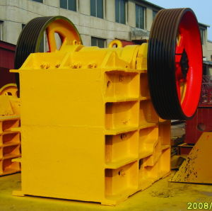 PE Series Jaw Stone Crusher (PE1350) pictures & photos