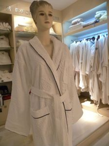 Jacquard Velour Bathrobe pictures & photos