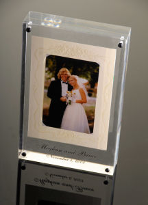 Acrylic Photo Frame (VJH-112323)