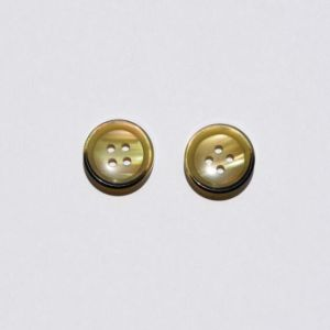 Clothing Fashion High Quality Polyester Resin Button pictures & photos