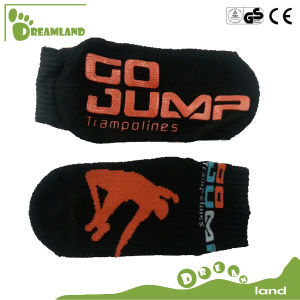 Custom Cotton Ankle Trampoline Non-Slip Socks pictures & photos