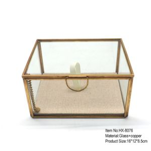Lowest Price Golden Glass Jewelry Box for Romatic Wedding Decortative pictures & photos