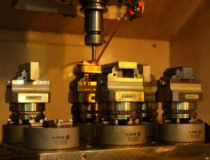 CNC Pneumatic Lathe Chuck Compatible with Erowa pictures & photos
