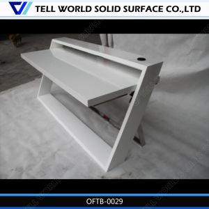 Contemporary White CEO Office Table Set pictures & photos