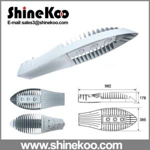 240W Big Three Holes Shark Fin Die-Casting LED Streetlight Fixture pictures & photos