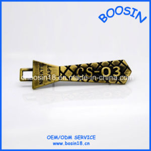Factory Wholesale Hot Sale  Men Brooch pictures & photos