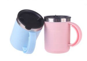 Cheap Plastic Beer Mug in Capacity of 450ml pictures & photos