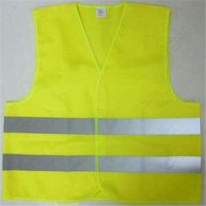 Wholesale Yellow Warning Reflective Safety Vest with Hook and Loop pictures & photos