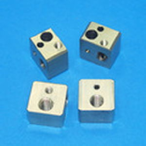 CNC Machining for Made-to-Order Parts by Feature Personailzed Customer pictures & photos