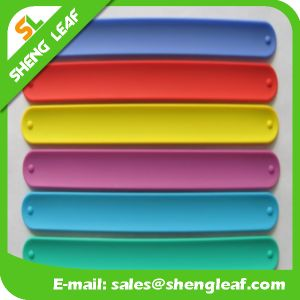 Rainbow Colorful Beautiful Fashion Silicone Slap Bracelet pictures & photos