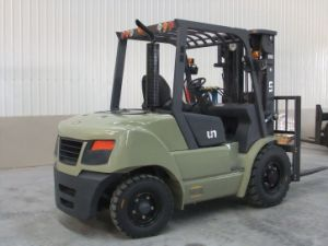 Un 5.0t Diesel Forklift with Optional Engines (FD50T) pictures & photos
