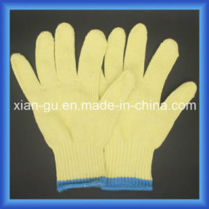 7 Gauge Blade Cut Resistance Level 5 Kevlar Yarn Glove pictures & photos