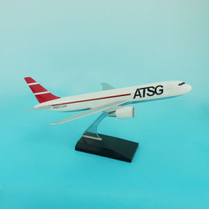 B767-300 China Cheap Model Airplane Model pictures & photos