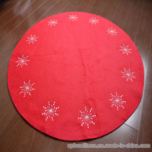 Non-Woven Christmas Carpet Rug with Embroidering in Polyester pictures & photos