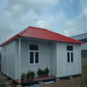 Prefabricated Sandwich Panel House/Steel Frame House pictures & photos
