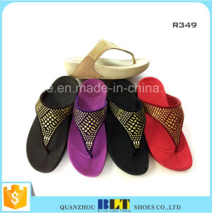 Hot Selling Womens Slippers for Gifts and Promotion pictures & photos