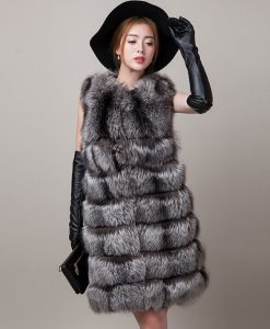 Chinese Wholesale Style New Women′s Real Fox Fur Vest pictures & photos