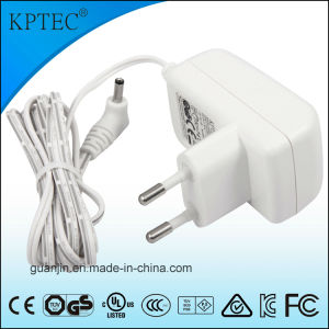 Universal Adapter for Us EU Au Japan Plug pictures & photos