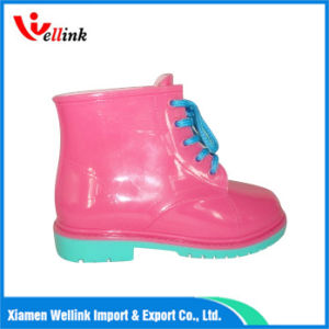 Ankle Waterproof Fashion Rain Boots for Girls pictures & photos