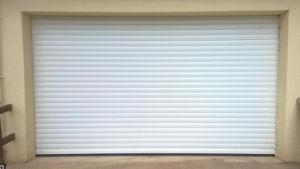 Auto Security Outdoor Aluminum Insulation Roller Shutter Rolling Door (Hz-FC0452) pictures & photos