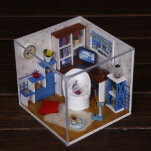 New Arrivals Puzzle Toy DIY Wooden Doll House pictures & photos